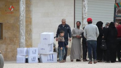 Photo of لأول مرّة منذ سنوات، الحكومة المؤقتة توزع مساعدات إنسانية في أعزاز وجرابلس والباب.